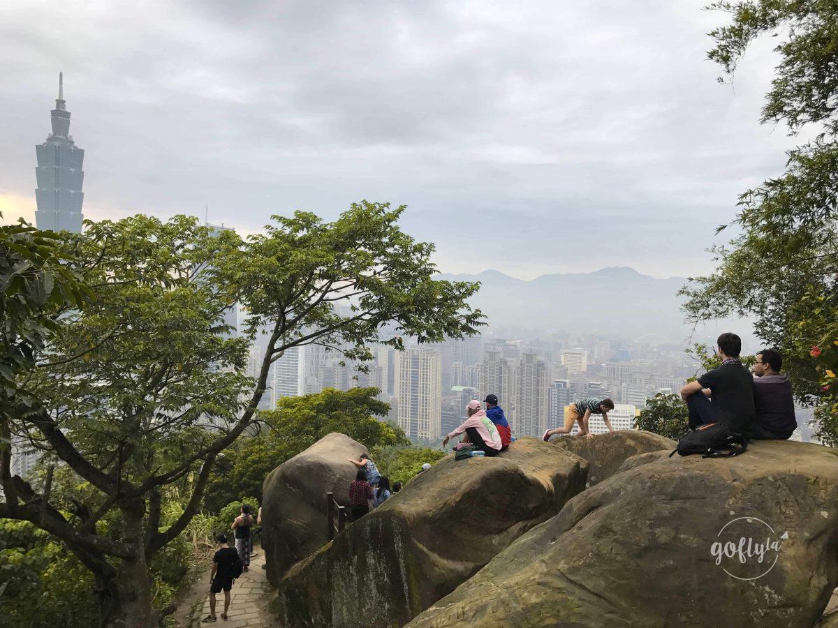 台北好玩景點行程推薦:四獸山之象山散步行山!