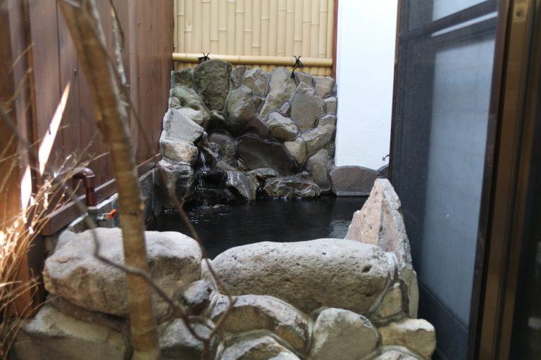 九州自由行-福岡自由行-經過浴室就是個露天風呂