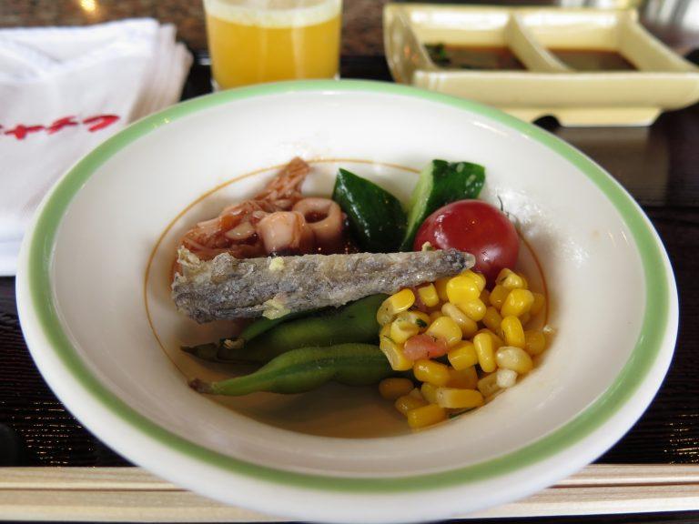 九州自由行-鹿兒島自由行-沙律吧有很多選擇我隨便吃了一些都不錯啊