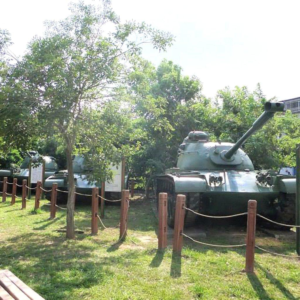 台中自由行-台中好去處-台灣自由行-終點六寶公園附近的三台M48A3戰車