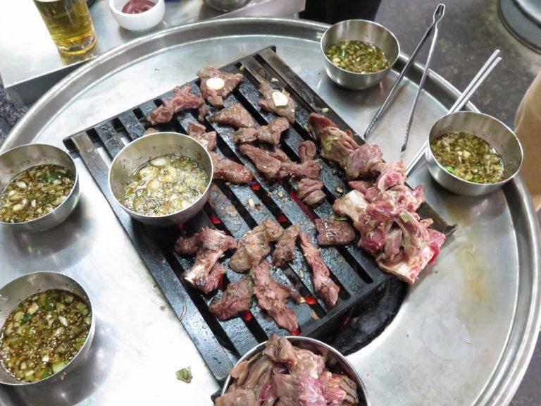 首爾自由行-韓國自由行-韓牛的肉質有鮮味醃料出色甜得來帶有蔥花的香味