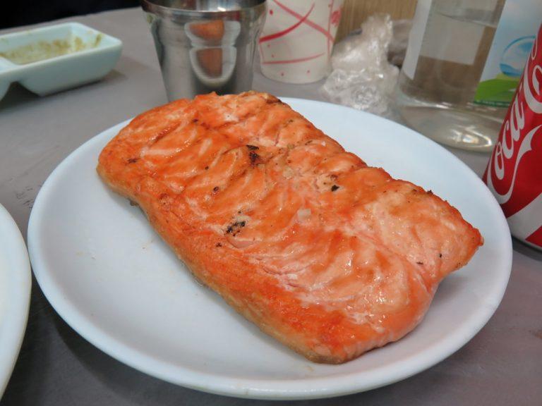 首爾自由行-韓國自由行-三文魚都是刺身比較好味道啊