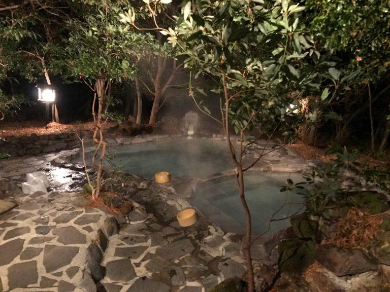 九州自由行-鹿兒島自由行-日本機加酒-赤松之湯有如森林當中的一個私家小泳池