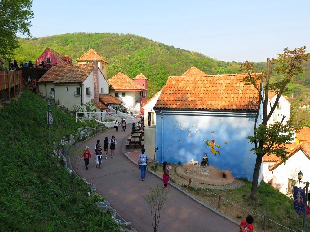 首爾自由行-韓國自由行-韓國旅遊-首爾景點-韓國機票-歐洲小鎮的感覺
