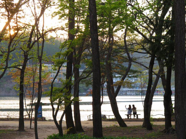 首爾自由行-韓國自由行-韓國旅遊-首爾景點-韓國機票-與朋友一起看日落,畫一般的感覺