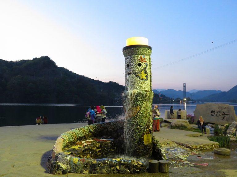 首爾自由行-韓國自由行-韓國旅遊-首爾景點-韓國機票-由於我們預約了民宿老闆接送,因此欣賞過日落便登船離開了