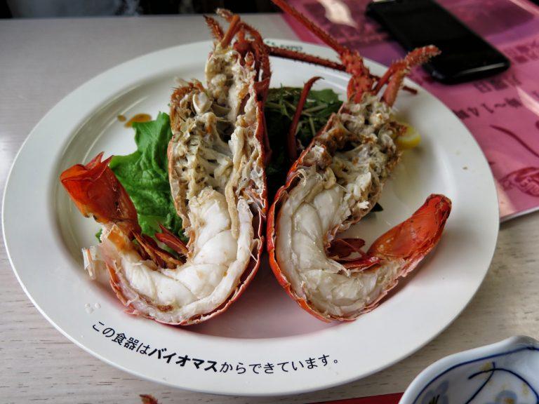 九州自由行-鹿兒島自由行-日本機加酒-福岡自由行-福岡景點-烚龍蝦,比放湯的龍蝦更香更濃,肉質彈牙
