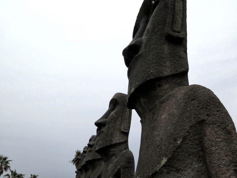 九州自由行-鹿兒島自由行-日本機加酒-福岡自由行-福岡景點-近距離觀賞摩艾石像,宏偉