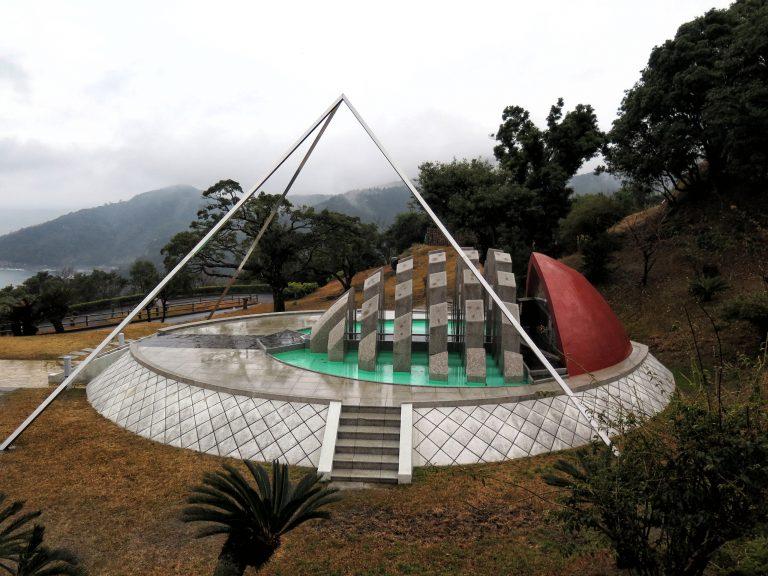 九州自由行-鹿兒島自由行-日本機加酒-福岡自由行-福岡景點-遠眺感謝地球鐘,有點像我們的太空館
