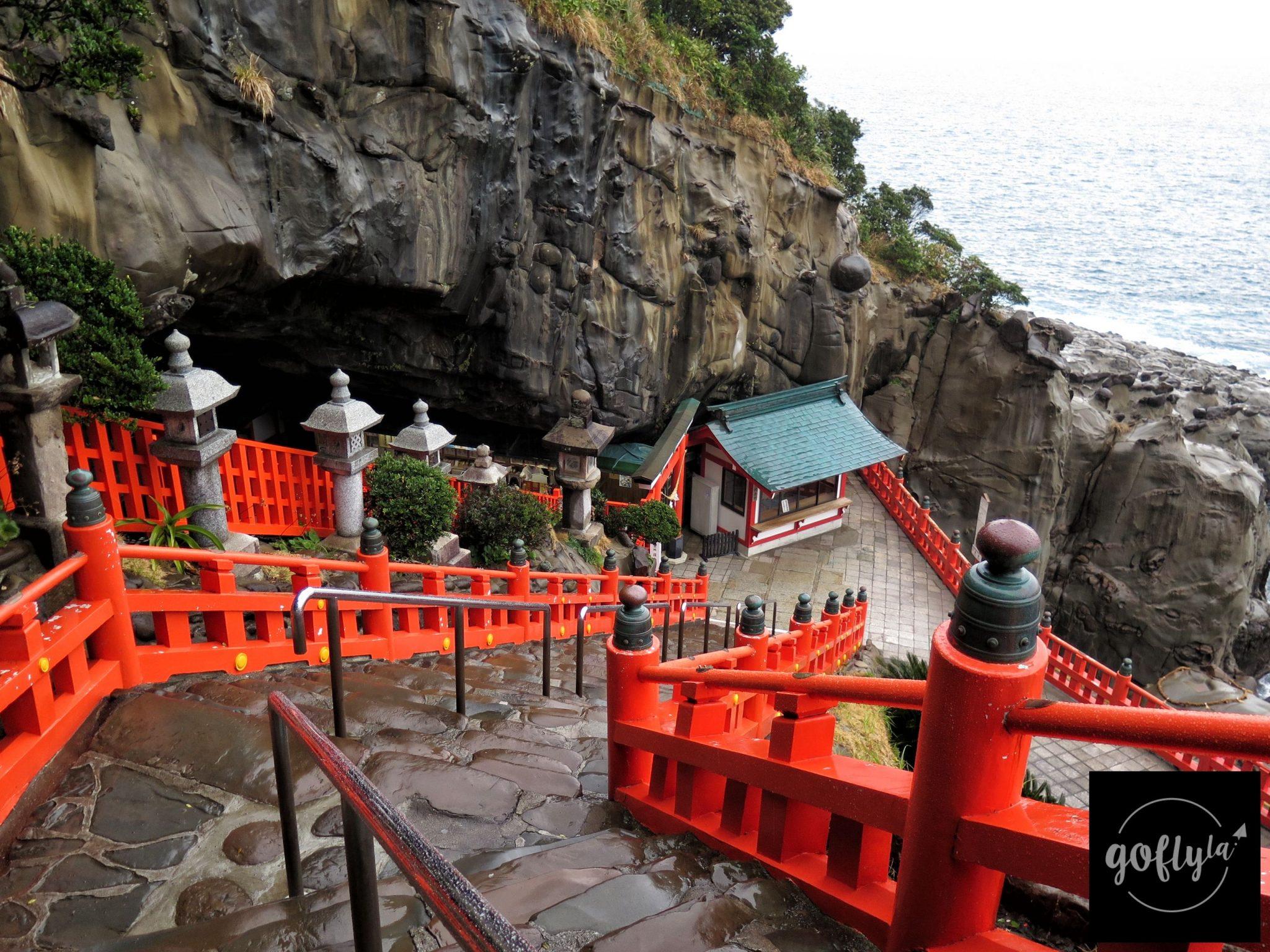 九州自由行-鹿兒島自由行-日本機加酒-福岡自由行-福岡景點-走過在太平洋海旁的參道終到達神話故事的海蝕洞