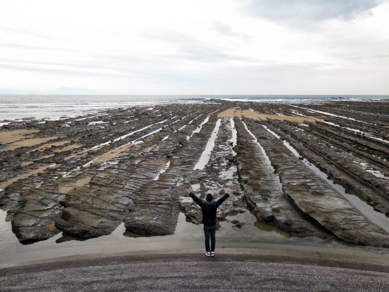 九州自由行-鹿兒島自由行-日本機加酒-站在大自然的鬼斧前,人是多麼的渺小啊
