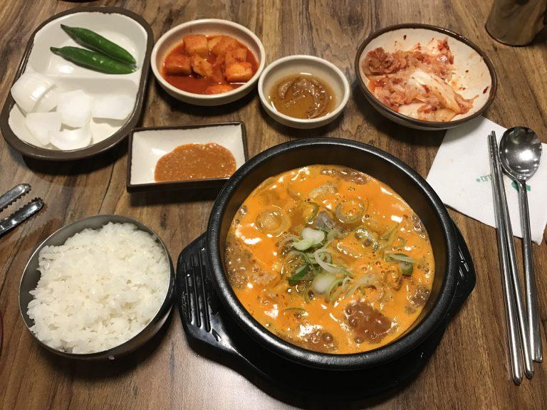 血腸湯-首爾自由行-韓國自由行-韓國旅遊-首爾景點-韓國機票