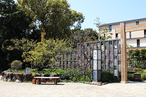 沿途可欣賞到別具心思的日式庭園佈置-關西自由行-關西旅遊-關西景點