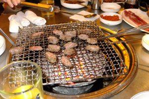 首爾自由行韓國自由行韓國旅遊首爾景點吃過烤肉才有韓國自由行的感覺