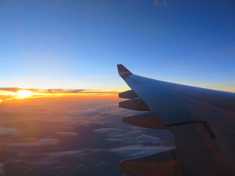 東京自由行-東京必去-東京景點-東京旅遊-俯瞰富士山失敗,在機上看喊蛋黃補返數