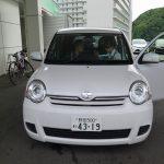 東京自由行-東京必去-東京景點-東京旅遊-一起檢查過車子後,再上車教我們使用GPS,之後就可以出發了