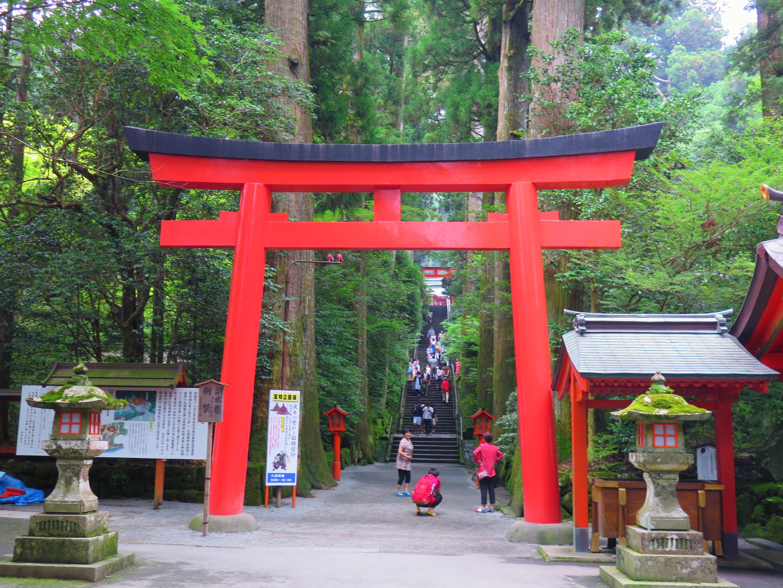 東京自由行-東京必去-東京景點-東京旅遊-那天滿多大媽遊人的
