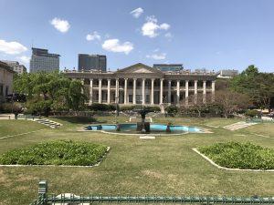 德壽宮是唯一擁有個西式建築物的古宮為古宮增添一種現代的色彩-首爾自由行-韓國自由行-韓國旅遊-首爾景點-韓國機票