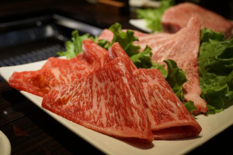 上等牛五花肉上等牛里肌肉-沖繩自由行-沖繩旅遊-沖繩機票