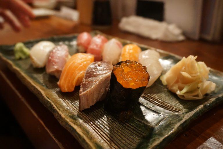 牧志公設市場漁壽司-沖繩自由行-沖繩旅遊-沖繩機票