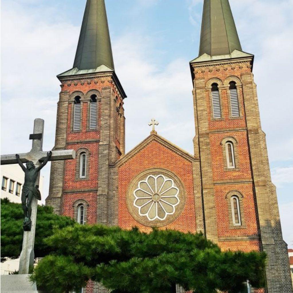 韓國自由行-韓國旅遊-韓國機票-東城路/桂山聖堂