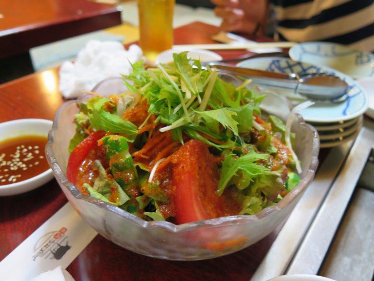 東京自由行-東京機票-東京旅遊-東京景點-東京住宿-東京必去-新鮮的沙律菜配上和風醬汁,非常開胃