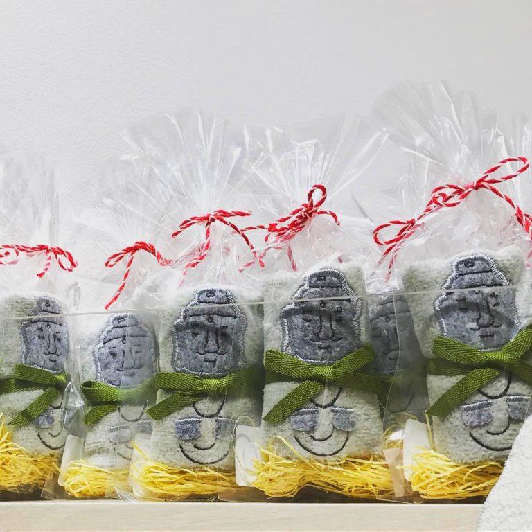 東京自由行-東京機票-東京旅遊-東京景點-東京住宿-東京必去-以鎌倉大佛為主題的迷你版毛巾,非常可愛