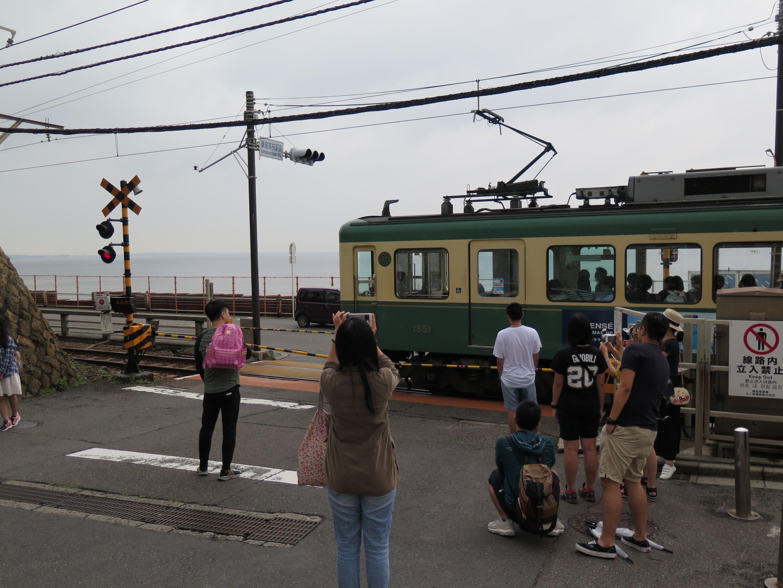 東京自由行-東京機票-東京旅遊-東京景點-東京住宿-東京必去-大家都好有準備,粉紅色袋的朋友,你的晴子出現了嗎