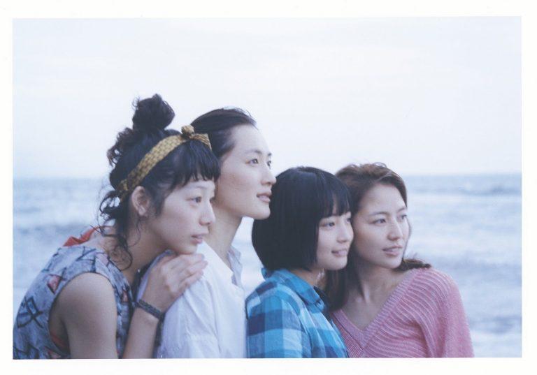 東京自由行-東京機票-東京旅遊-東京景點-東京住宿-東京必去-近年最愛的日本電影很多場景都在鐮倉拍攝啊,這裡就是稲村崎沙灘