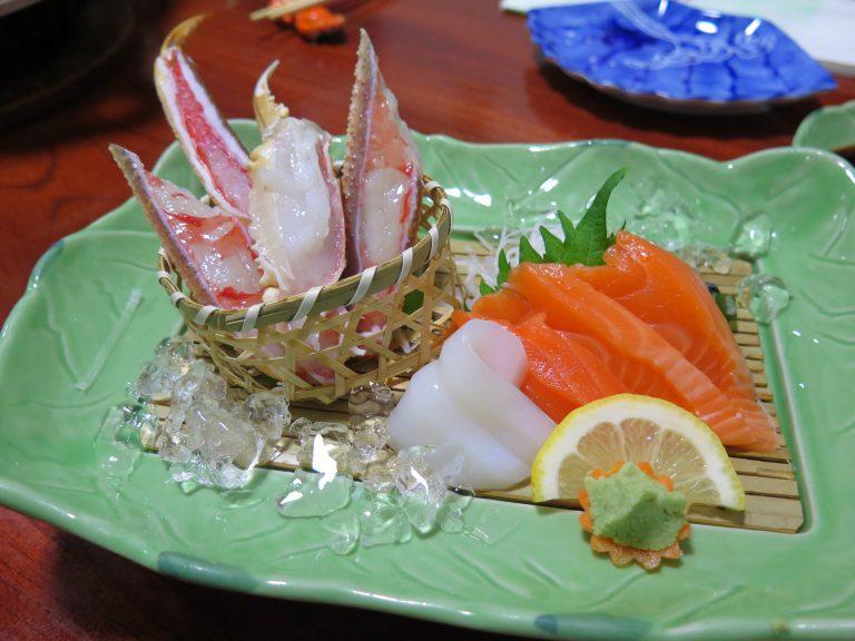 北海道自由行-北海道旅遊-北海道旅遊景點-螃蟹刺身,鮮嫩甜美而沒有味腥
