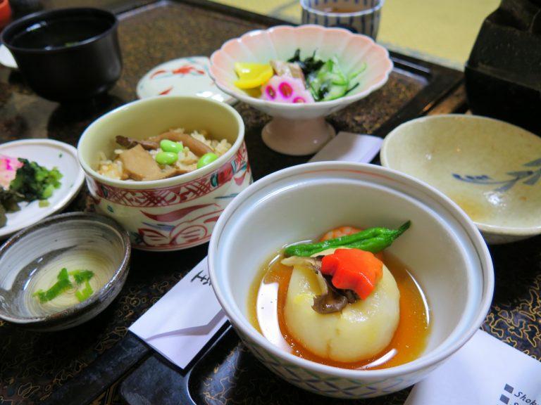 北海道自由行-北海道旅遊-北海道旅遊景點-菜式一如所料的精緻,共有13款