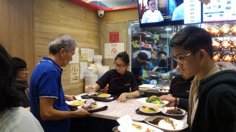 新加坡自由行-新加坡旅遊-新加坡景點-好多人好繁忙