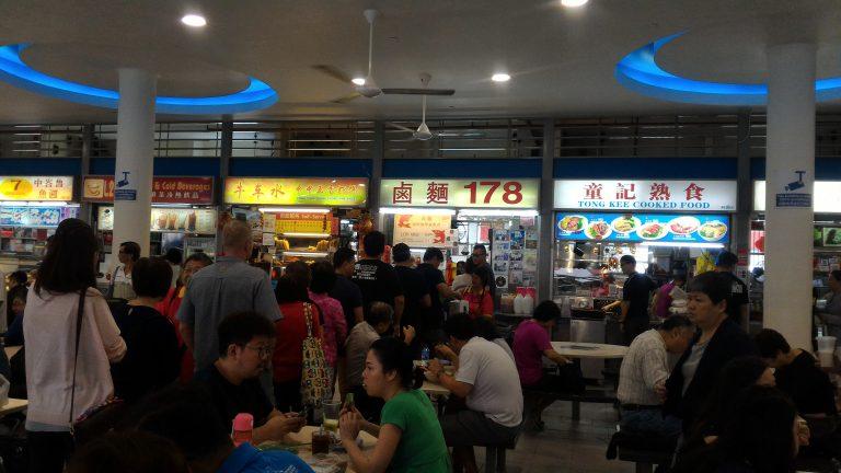 新加坡自由行-新加坡旅遊-新加坡景點-總有些店特別多人排隊