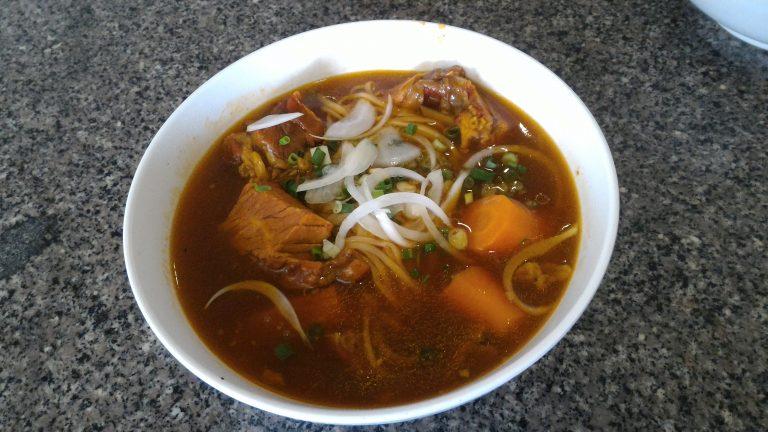 越南自由行-茄汁牛腩河