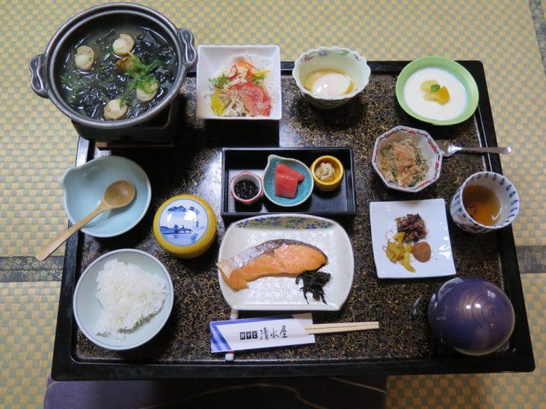 北海道自由行-北海道旅遊-北海道旅遊景點-豐富的御宿清水屋溫泉早餐