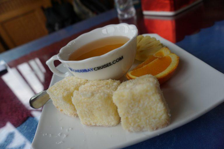 tea-halongbay-goflyla