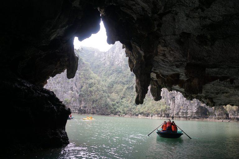 tour-halongbay-goflyla