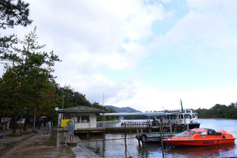 京都自由行-京都景點-這邊的觀光船碼頭旁邊還有快艇出租