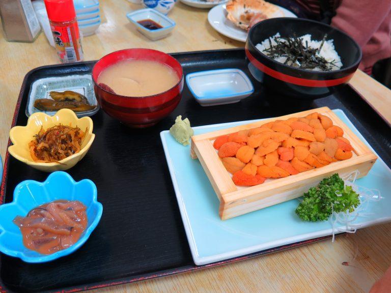 北海道自由行-北海道旅遊-北海道旅遊景點-大家意猶未盡,再encore一分海膽定食,實在是精彩