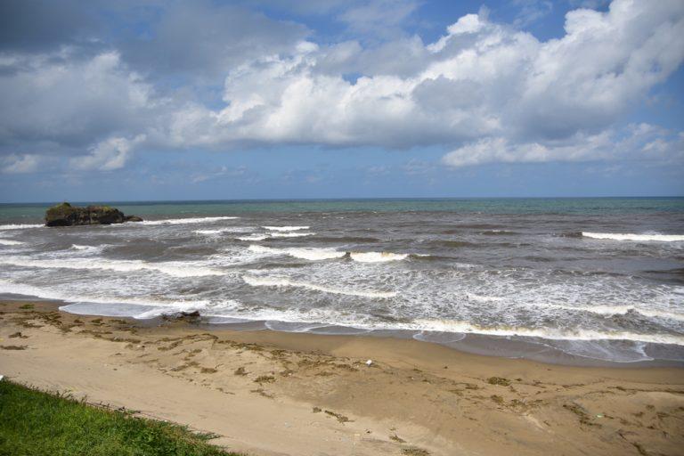 鳥取自由行-離海岸線不遠的就是淤岐之島