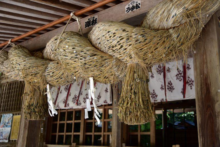 鳥取自由行-這裡的注連繩都佈滿了結緣用的¥5