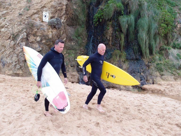 Melbournelocaltour-Melbourne天氣-澳洲旅遊推薦-當日遇到兩位澳洲型佬拿著滑板衝浪,好不有型