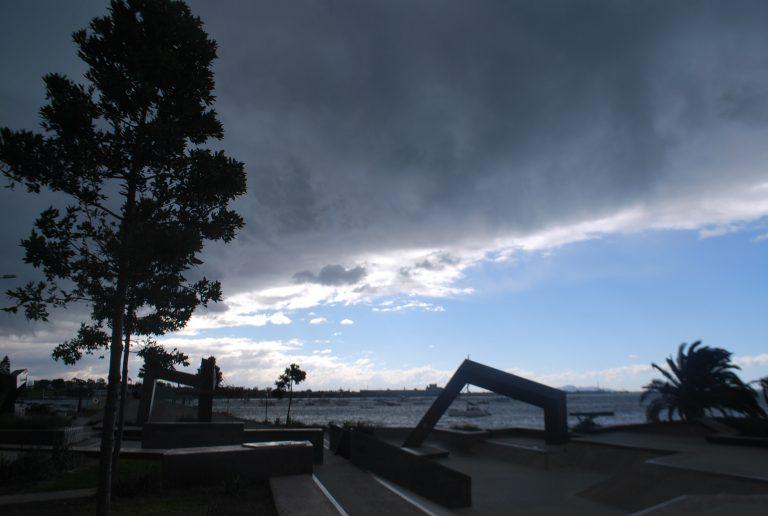 墨爾本自助-澳洲one day four season,上一分鐘藍天白雲,下一分鐘已烏雲密佈