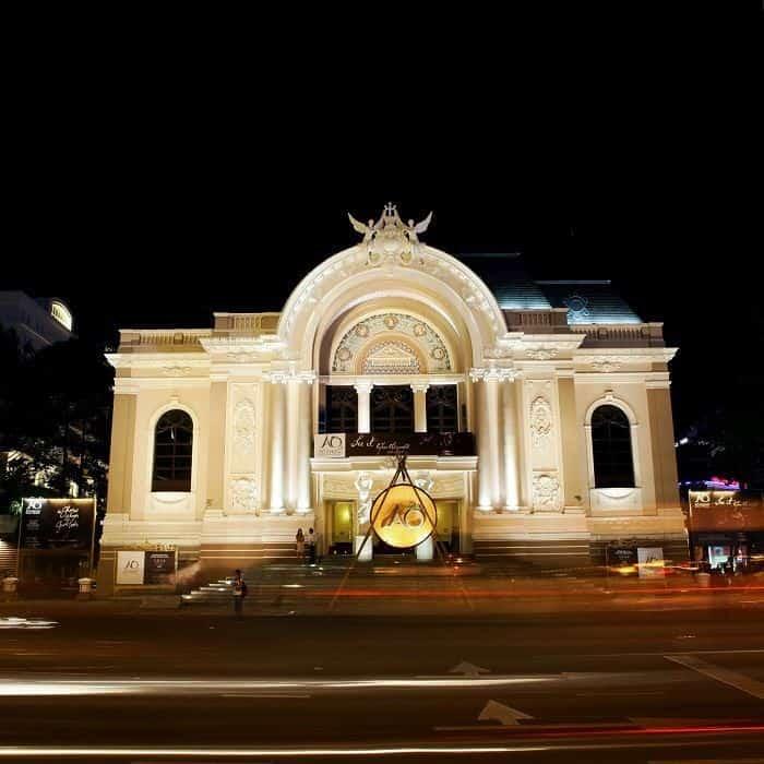 saigon-opera-house-goflyla