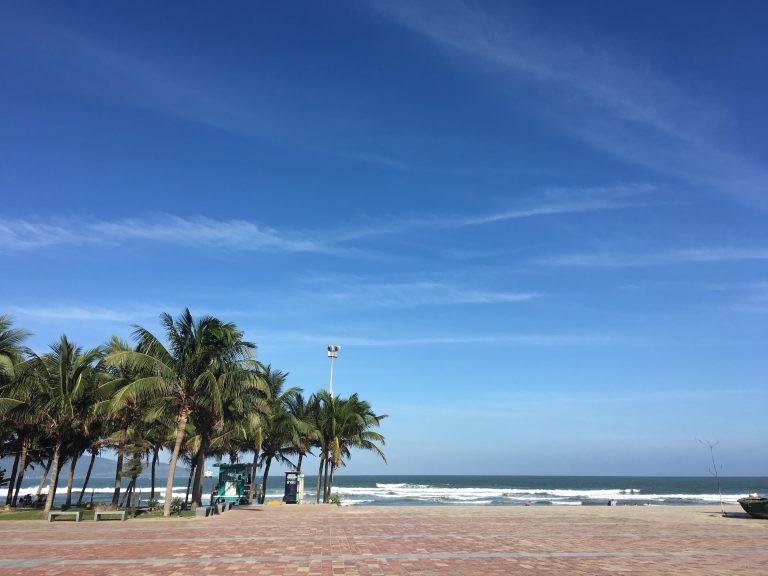 danang-mykhe-beach-hotel-goflyla