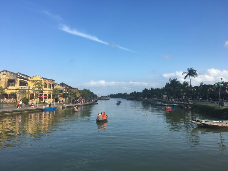 danang-rivertour-goflyla