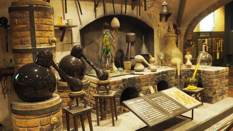 拍攝於白州博物館,圖中為舊時釀造日本威士忌的設施