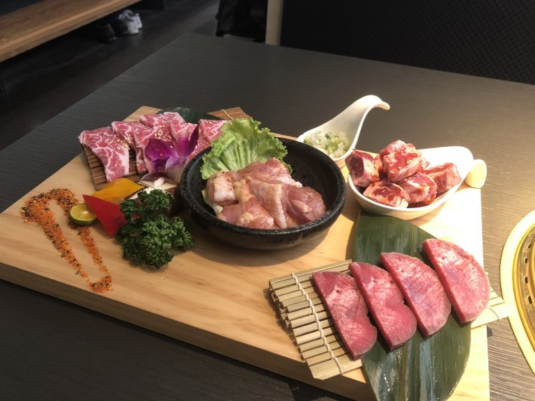 nikuniku-meat-set-goflyla