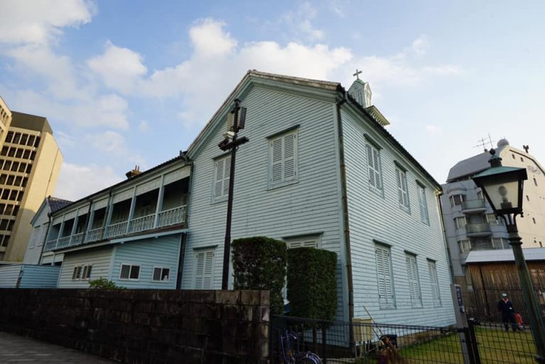 dejima-church-goflyla