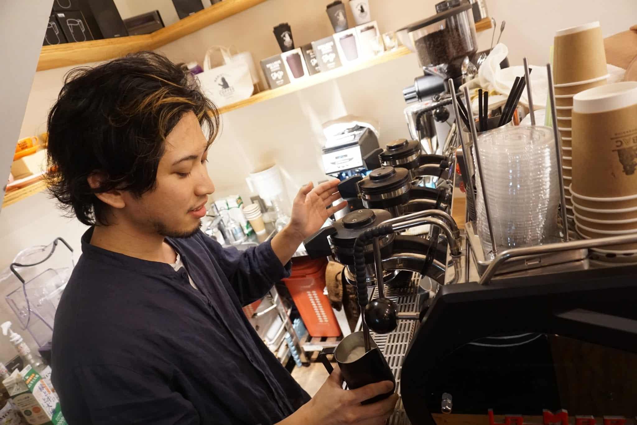 baristartcoffee-teacher-sapporo-goflyla